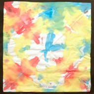 Fold paper and dye with different colors to gain a symmetric picture